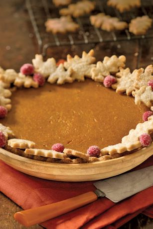 Gebakje oak leaves look pretty and hide crust imperfections. For quick color, dot with fresh cranberries that you've coated with corn syrup and rolled in sugar.Recipe: Pumpkin Pie