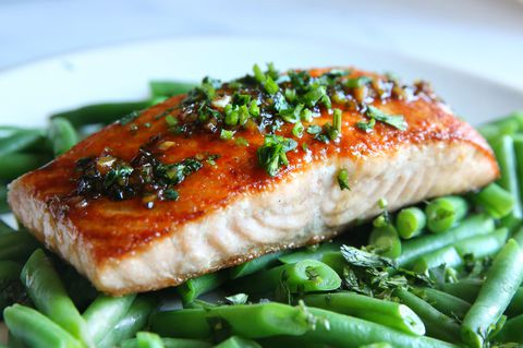 Oppskrift for Cilantro Chili Lime Glazed Salmon and Green Beans