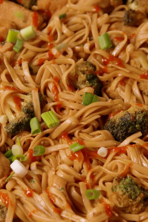 Frango and Broccoli Noodles