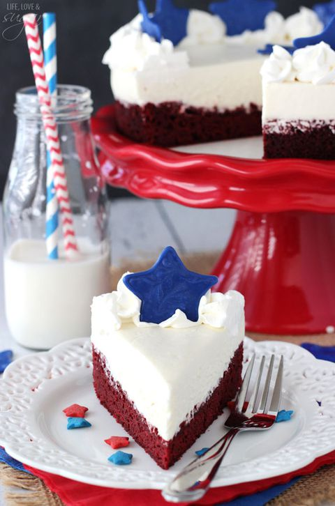 roșu Velvet Fourth of July Cheesecake