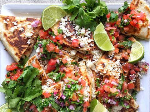 Slow Cooker Chicken Quesadillas with Pico de Gallo Recipe